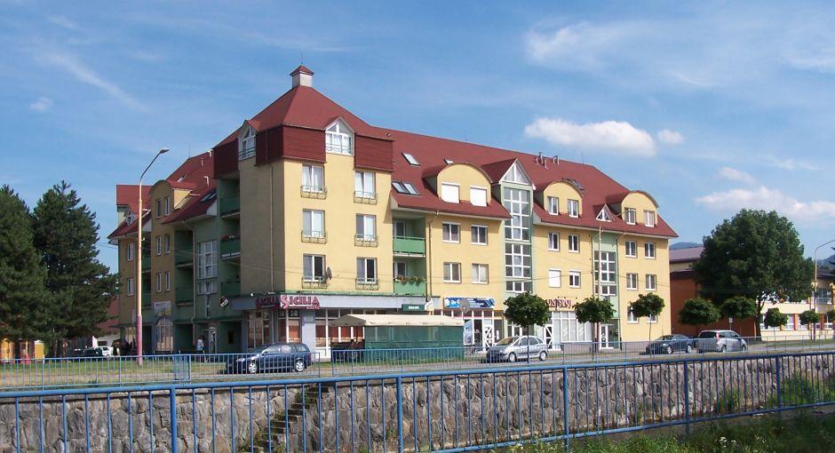 Polyfunkčné a občianske budovy